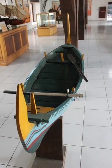 Salah satu perahu yang menjadi koleksi Museum Bahari