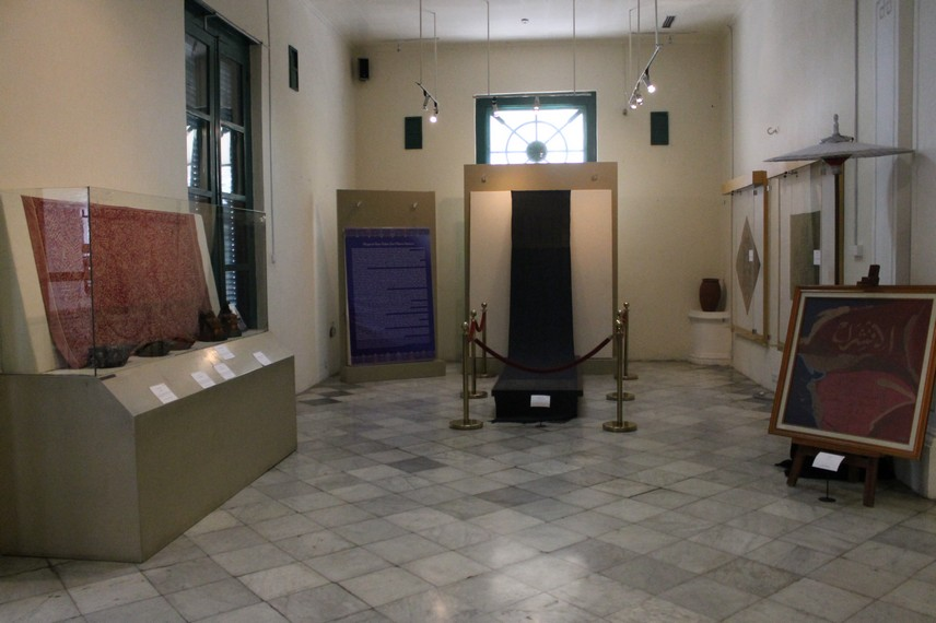 Salah satu ruang pamer yang ada di Museum Tekstil