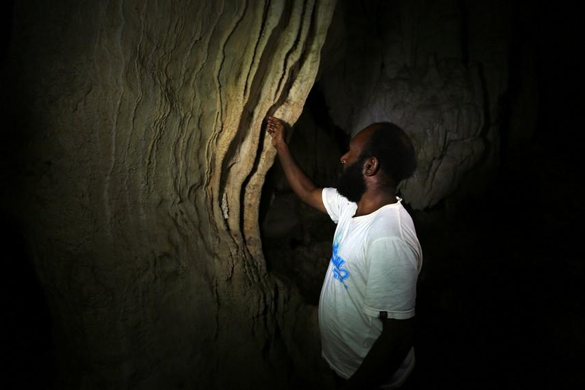 Sebuah dinding yang dapat dibunyikan dan menghasilkan nada harmonis