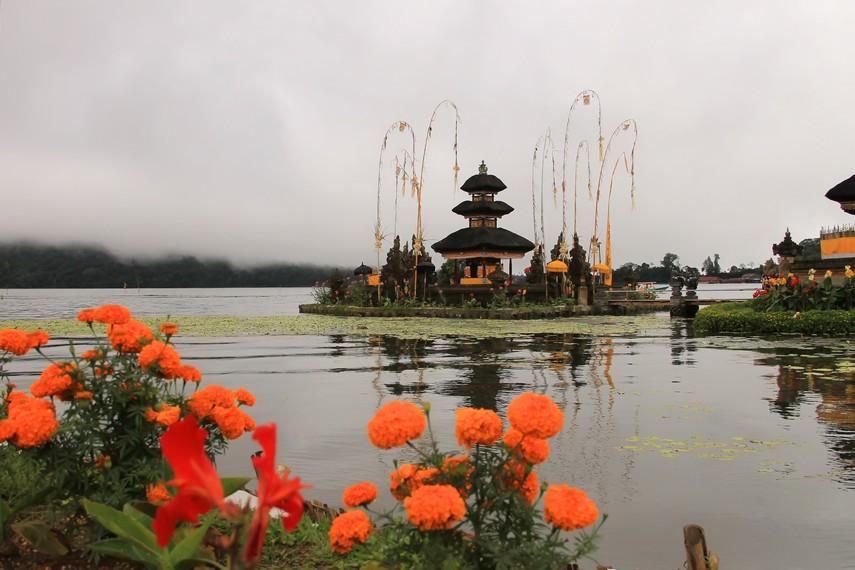 Secara harfiah, Pura Ulun Danu berarti pura di atas danau yang menjadi tempat pemujaan dewa-dewa pemelihara danau