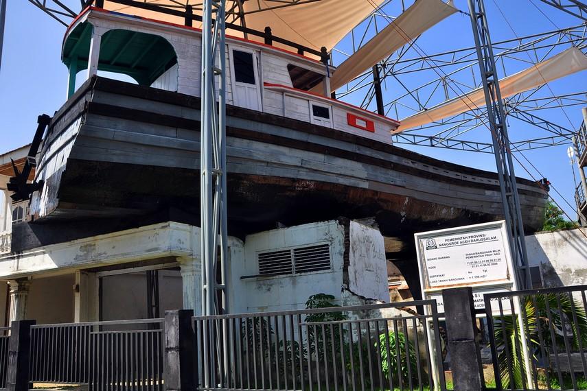 Sekarang Kapal ini banyak didatangi wisatawan yang ingin melihat saksi bisu dahsyatnya tsunami Aceh