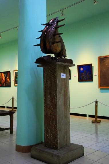 Selain lukisan, museum Affandi juga menyimpan benda-benda seni rupa lainnya