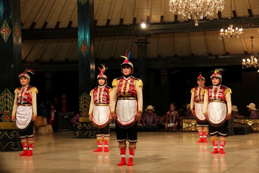 Senam angguk ceria merupakan karya asli masyarakat Kulon Progo, Yogyakarta