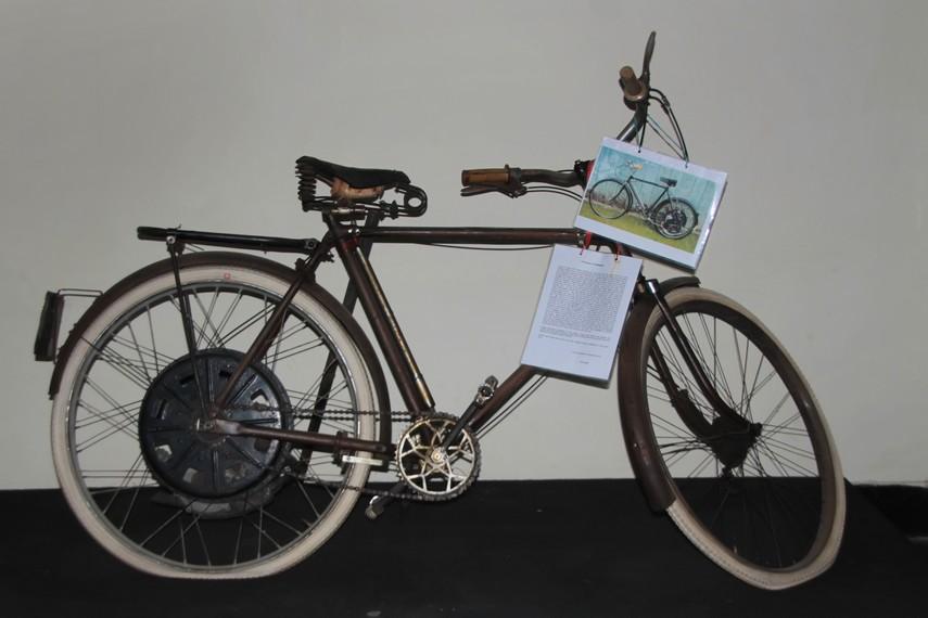 Sepeda peninggalan zaman Belanda di Museum Kota Makassar