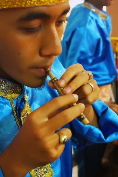 Serunai berukuran relatif kecil dibandingkan instrumen musik Minang lainnya
