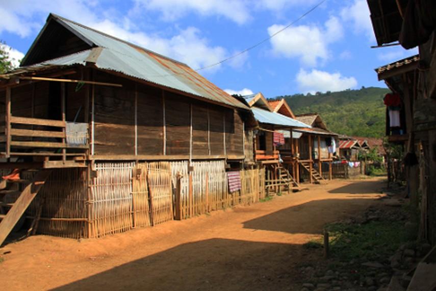 Setiap tahunnya, masyarakat Desa Lawin mengadakan nimu pesta perayaan setelah panen