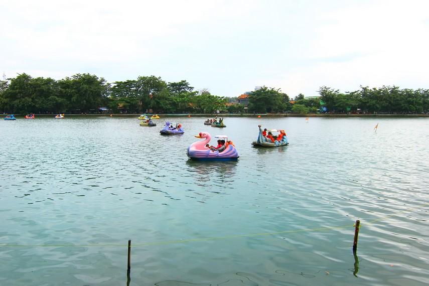 Setu Babakan dapat dijadikan arena alternatif wisata yang cocok untuk Anda bersama keluarga
