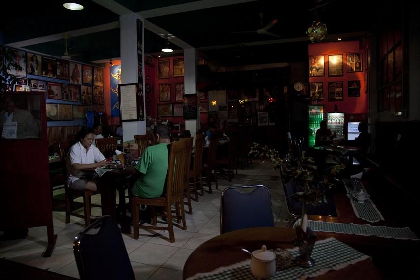 Situasi santai Kafe Sibu-Sibu