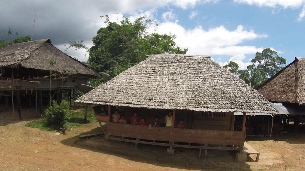 Suasana perkampungan Huaulu