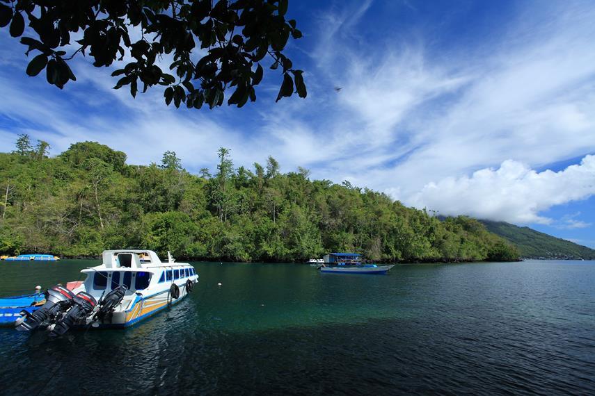 Sudut Saomadaha adalah teluk yang berada tepat di sebelah Pantai Sulamadaha