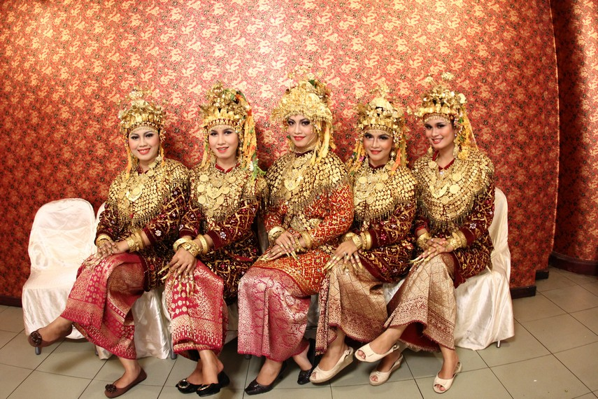 Para penari Tari Gending Sriwijaya