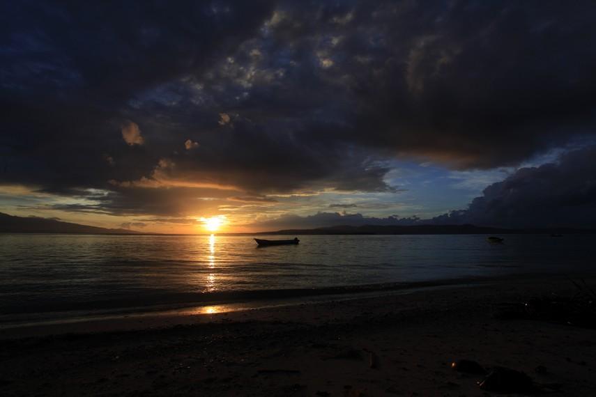 Sunrise di Pantai Liang
