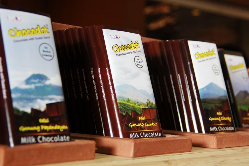 Awalnya, chocodot dibuat secara tidak sengaja oleh Kiki Gumelar (pembuat roti dan coklat)