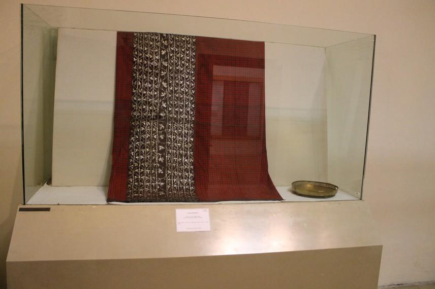 Tembe Kambaya, salah satu koleksi kain batik yang ada di Museum Tekstil