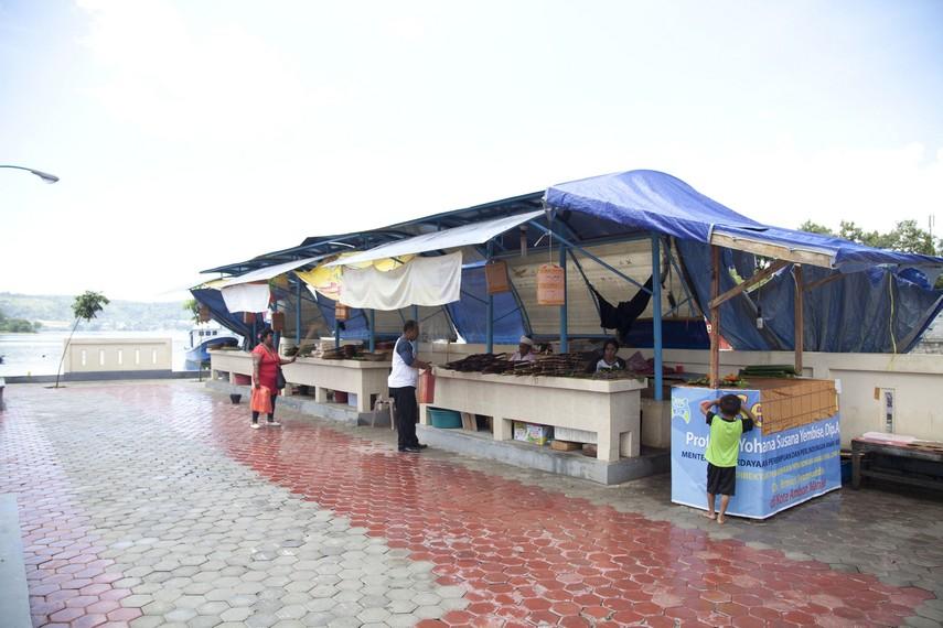 Tempat khusus membeli ikan asar yang disediakan pemerintah Ambon