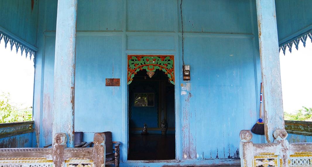 Terdapat 2 buah rumah adat khas Banjar yang legendaris
