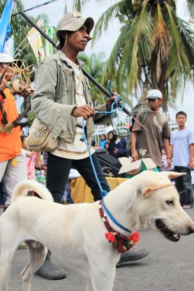 Tradisi berburu khas Sumbawa ikut ambil bagian meramaikan Festival Moyo