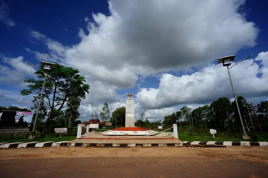 Tugu NKRI yang berada di Merauke yang merupakan perbatasan anatara Indonesia dan PNG