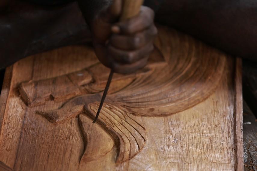 Ukiran Asmat adalah sebuah perpaduan antara kreatifitas, kekuatan, ketrampilan, ketelitian, dan keindahan yang bersatu menciptakan sebuah kesempurnaan