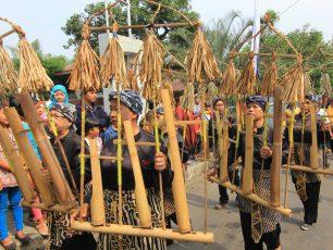 Angklung, Menjaga Warisan Budaya Sunda
