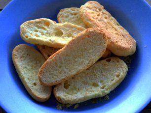 Renyah dan Manisnya Roti Bagelan