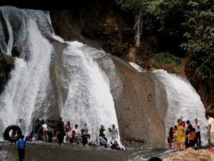 Pesona Indah di Lembah Bukit Kapur