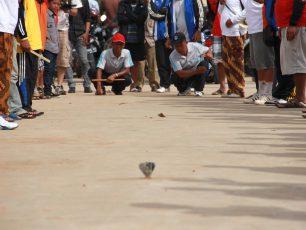 Belogo, Permainan Tradisional nan Unik dari Kutai