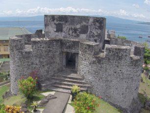 Benteng Tolukko Dengan Kisah Sejarah Indah Di Baliknya