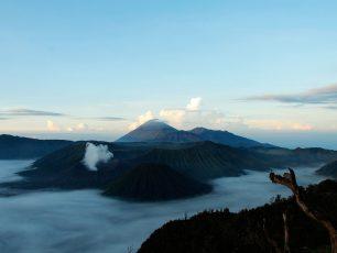 Menikmati Keindahan Terbitnya Sang Surya Di Gunung Bromo