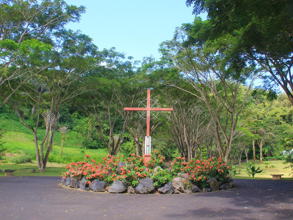Asyiknya Berwisata Ke Bukit Doa Indonesia Kaya