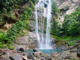 Air Terjun Cunca Rami, Oase di Tengah Flores yang Terik