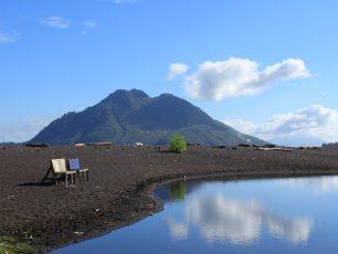 Kisah Pilu Di Balik Danau Tolire Yang Penuh Pesona