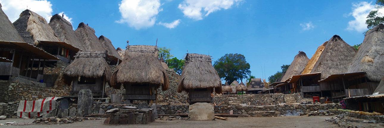 Desa Bena, Warisan Budaya Zaman Batu di Bajawa Flores - Indonesia Kaya