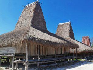 Wisata Budaya Kampung Adat Praiyawang, Desa Rindi