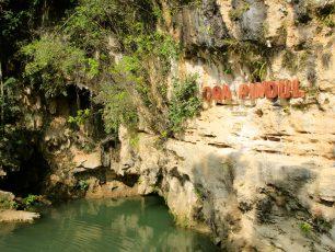 Menikmati Sensasi Cave Tubing di Gua Pindul