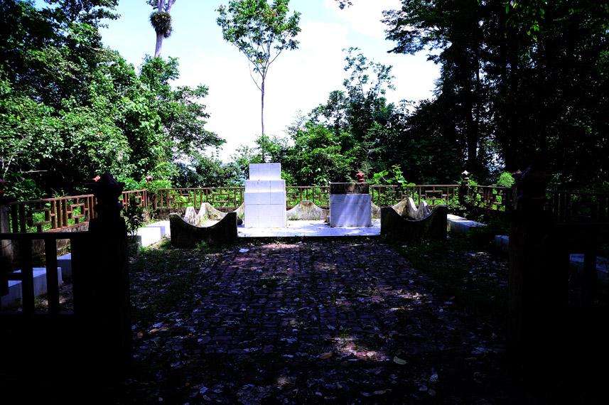 Terdapat makam tentara Jepang yang pernah datang di papua
