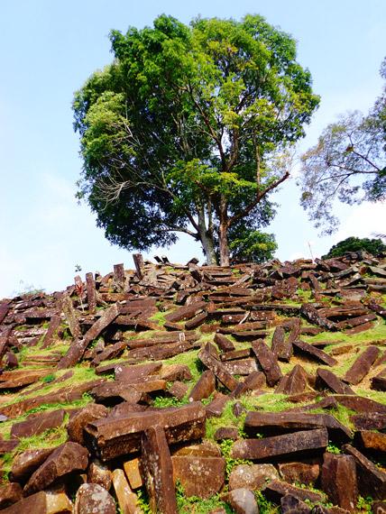 Susunan Batu di situs Gunung Padang