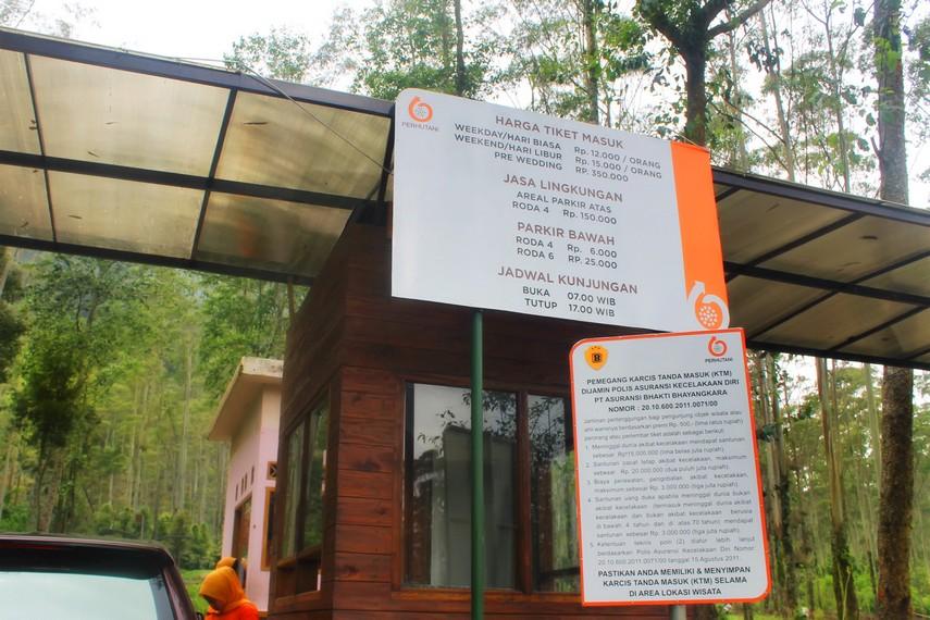Harga tiket masuk menuju area wisata Kawah Putih di Ciwedey