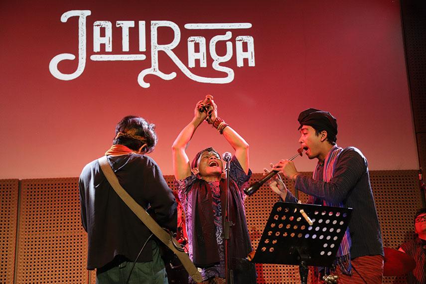 Meraga Mantra oleh Jatiraga