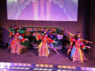 Topeng Betawi-Jaya Bersama Oleh Teater Abnon, Minggu 1 Desember 2013 pukul 15:00