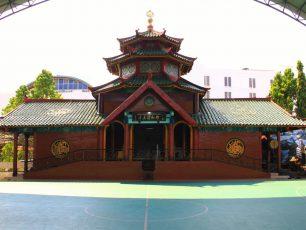 Masjid Cheng Hoo, Bangunan Masjid dengan Nuansa Tionghoa