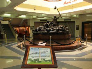 Mengenang Perjuangan Arek-arek Suroboyo di Museum 10 Nopember