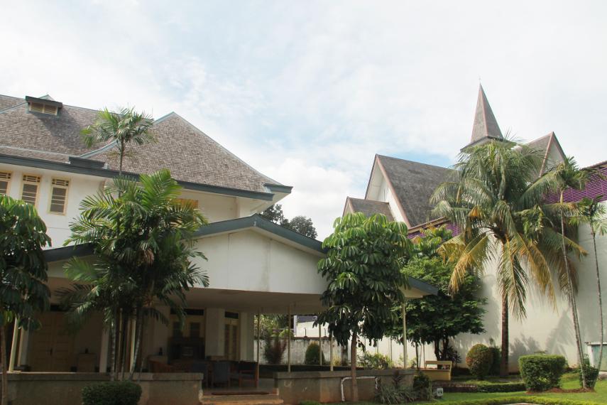 Bangunan Museum Perumusan Naskah Proklamasi dilihat dari halaman belakang museum