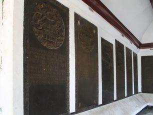 Jejak Makam Peninggalan Belanda di Museum Taman Prasasti