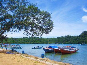 Sendang Biru, Satu Lagi Pantai Cantik dan Mempesona di Malang