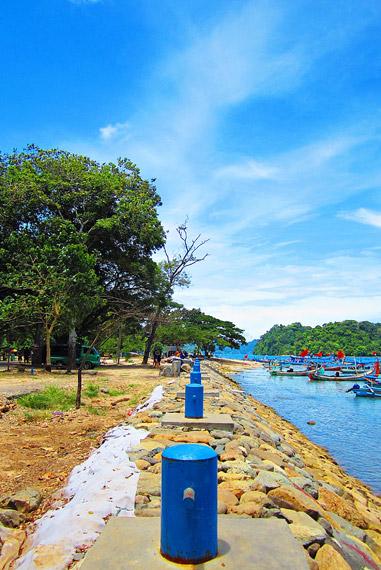 Lokasi wisata Pantai Sendang Biru