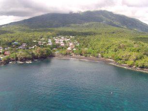 Pantai Sulamadaha, Oasis Cantik Di Pinggiran Pulau Ternate