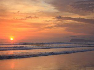Triangulasi, Keindahan Pantai di Balik Alas Purwo