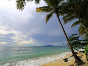 Pantai Bersejarah Nan Cantik di Bumi Papua
