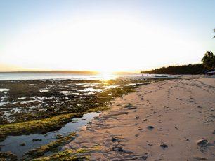 Pantai Nirwana, Serpihan Surga Di Tanah Buton